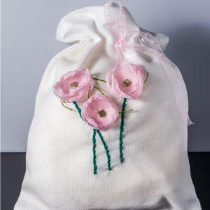 Saculet cu flori aplicate